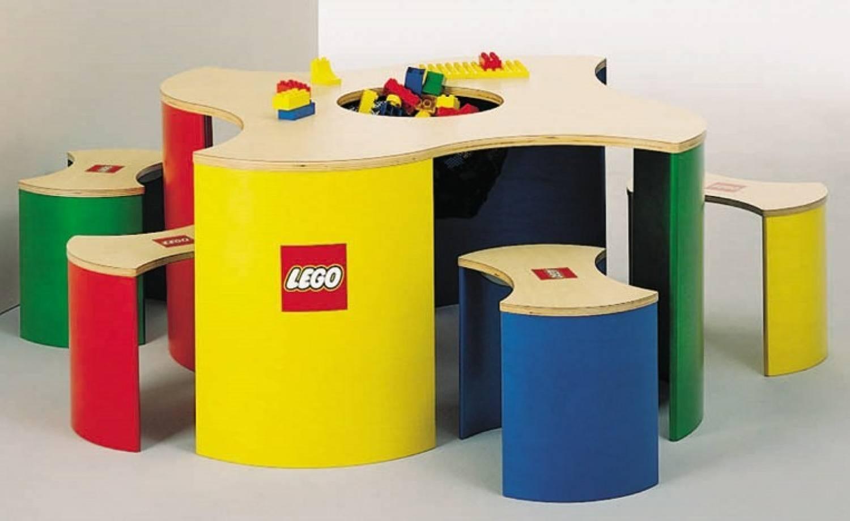 table lego duplo. Black Bedroom Furniture Sets. Home Design Ideas
