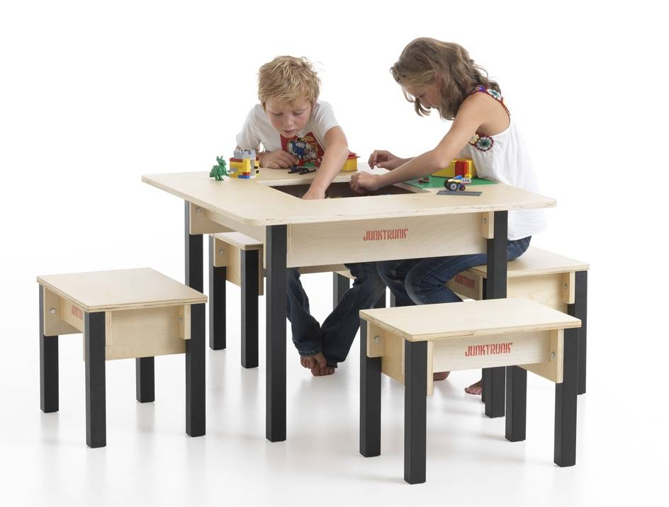 table enfant avec rangement carr e. Black Bedroom Furniture Sets. Home Design Ideas