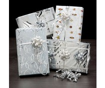 Cadeaupapier met sierlintjes?