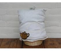 Купи за чайник? Дизайн Cosy в мръсно бяло с акценти в пръстта