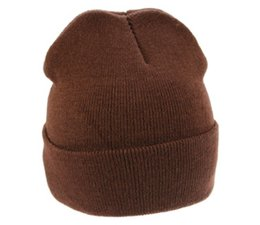 Евтини жълти или кафяви зимни плетени шапки купя?