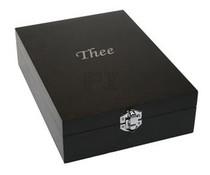 """Luxe 4-vaks Theekist, kleur zwart, voorzien van de tekst """"Thee"""""""