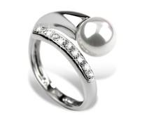 Красавеца пръстен сребро с цирконии и перли, регулируема от размер 16 до размер 19