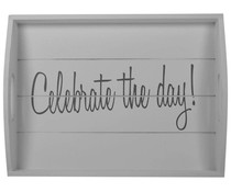 "Servies ""Celebrate the day!"" Houten dienblad in de kleur wit met de tekst ""Celebrate the Day"" (afmeting 30 x 40 cm)"
