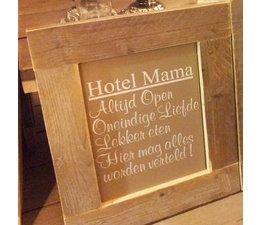 """Голям Текст Plate със списък на скеле дърво с тема """"Hotel Mama"""""""