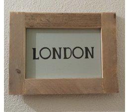"""Текст плоча, снабдена със списък на скеле дърво с тема """"LONDON"""""""