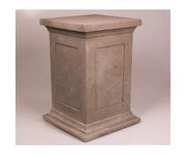 Sokkel voor Boeddhabeelden in de kleur lichtgrijs/graniet (50 cm hoog, geschikt voor binnen en buiten)