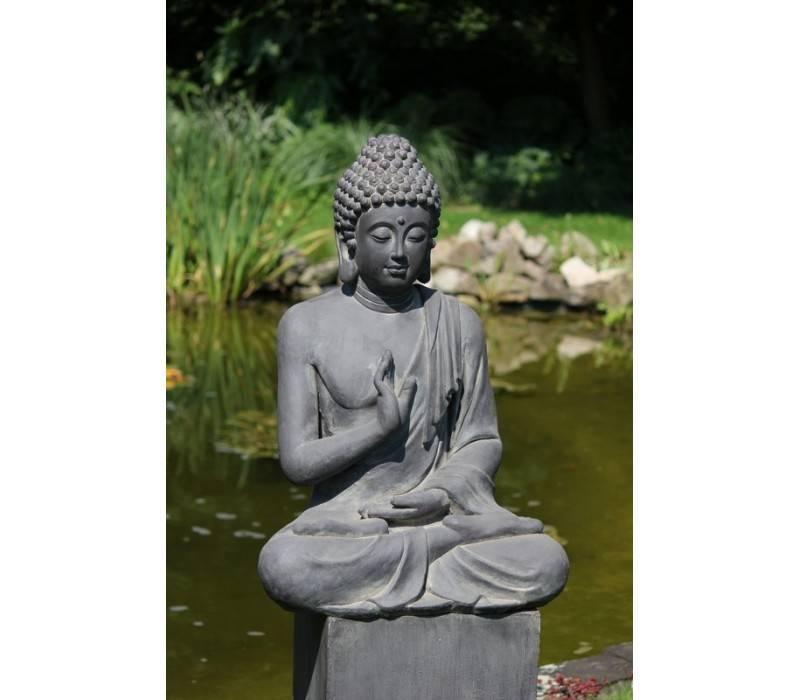 Statue de bouddha justice dans la couleur gris fonc for Statue bouddha exterieur pas cher