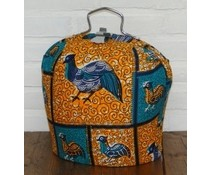 Design Tea Fair направи специален плат Batik (субстрат оранжево и синьо с изображения на птици)