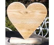 Hart op voet (40 cm hoog) gemaakt van oud steigerhout
