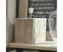 Lampenvoet, afmeting 25 (hoogte) x 20 x 20 cm, gemaakt van oud steigerhout (vierkant model), voorzien van bedrading, grote fitting en een handschakelaar