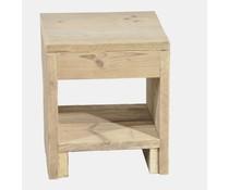 Нощното шкафче, изработени от скеле дърво (с размери 40 х 45 х 40 см)