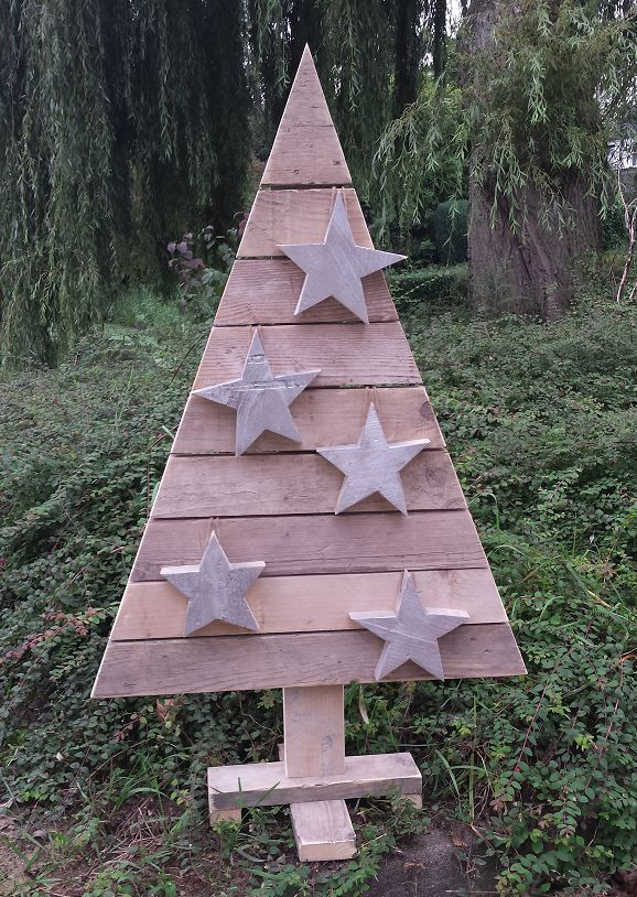 weihnachtsbaum zu fu 120 cm hoch aus altem holz ger st. Black Bedroom Furniture Sets. Home Design Ideas