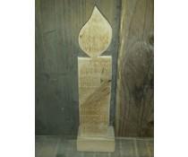 Fensterdekoration Kerze 20 cm hoch (aus altem Holz Gerüst gemacht)