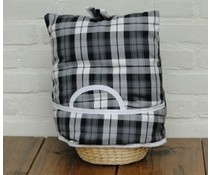 Design Theemutsen (dessin Scottish Tartan Black)  incl. rieten mandje en bijpassende inleg