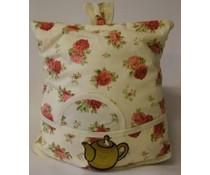 Дизайн Cosy с розови рози (включително ракита кошница и съвпадение чорапогащи)