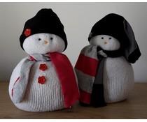 NEW! Deco снежни човеци 15 см висок (ръчна изработка в Холандия, разнообразни цветове)