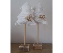 NEW! Deco kerstboom in de kleur wit, ca. 36 cm hoog (handmade in Nederland, met de hand gehaakt op een steigerhouten voet) - Copy