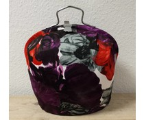 Design Theepot warmer (modern dessin in de kleuren wit, grijs, rood en paars)