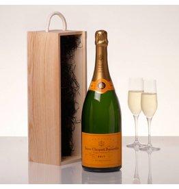 Veuve Clicqout Champagne Brut Jeroboam in kist