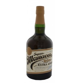 Manacas Ron Extra Anejo 700ml Gift box