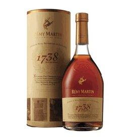 Remy Martin Cognac 1738 Accord Royal 700ml Gift Box