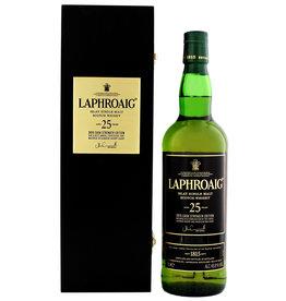 Laphroaig 25 years old Cask Strength single malt Whisky