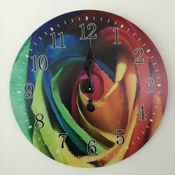 Uhr mehrfarbig