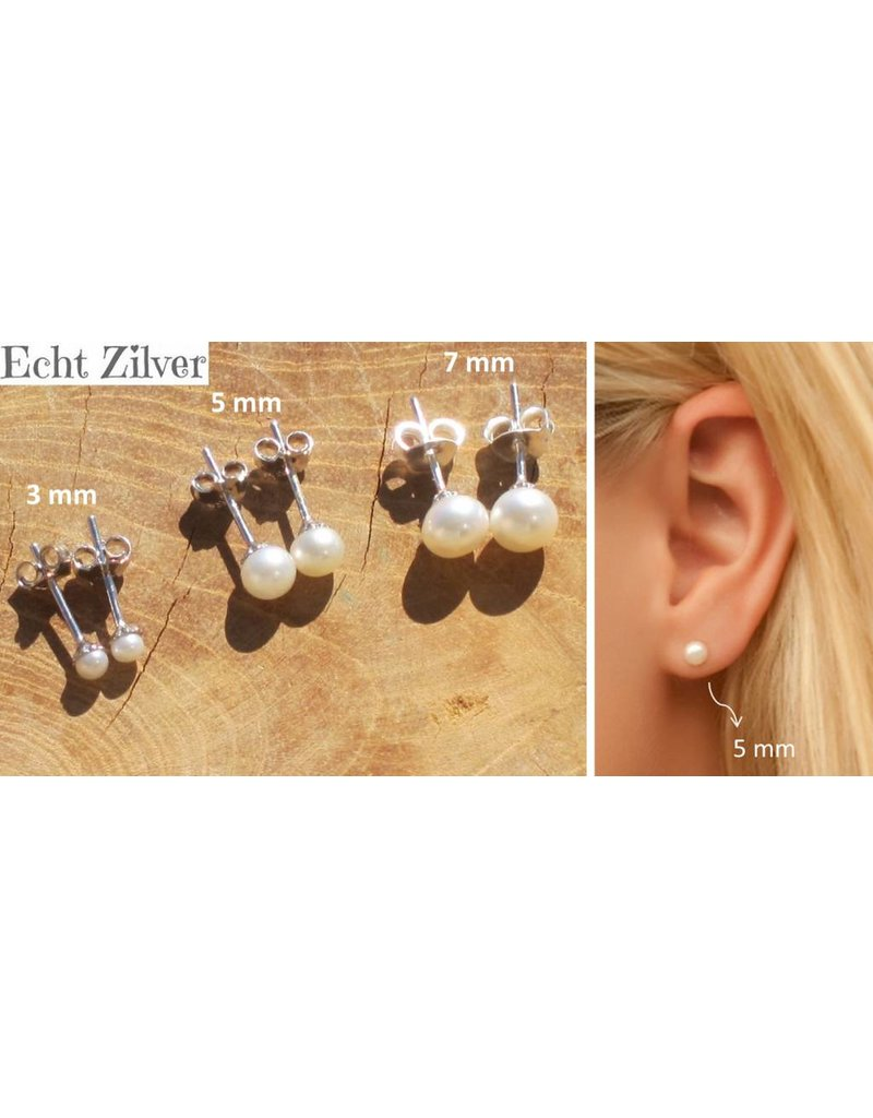 Mother - daughter set of 'Snow White' Silver Pearl Earrings