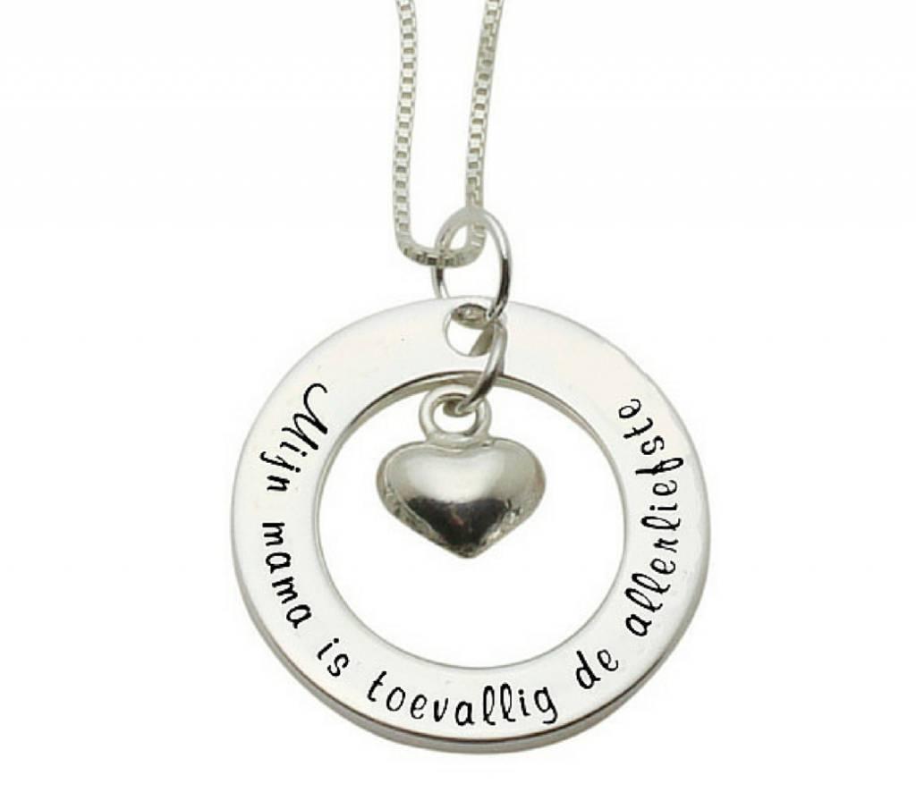 KAYA sieraden Zilveren ketting 'Mijn mama is toevallig de allerliefste'