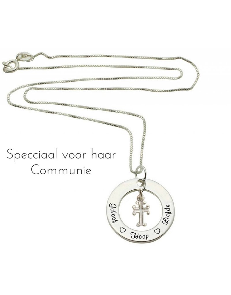 KAYA sieraden Zilveren communie ketting 'Geloof ♡ Hoop ♡ Liefde' met kruisje