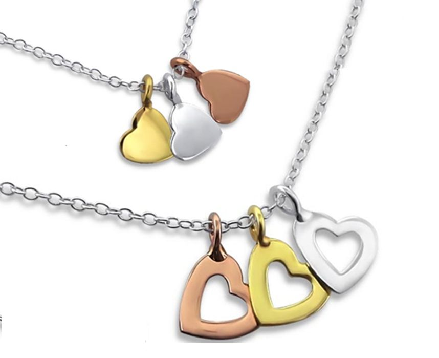 Silver necklace with three colors hearts