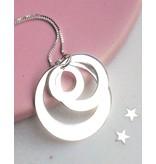 Mamakado: silver necklace 'Triple Eternity'