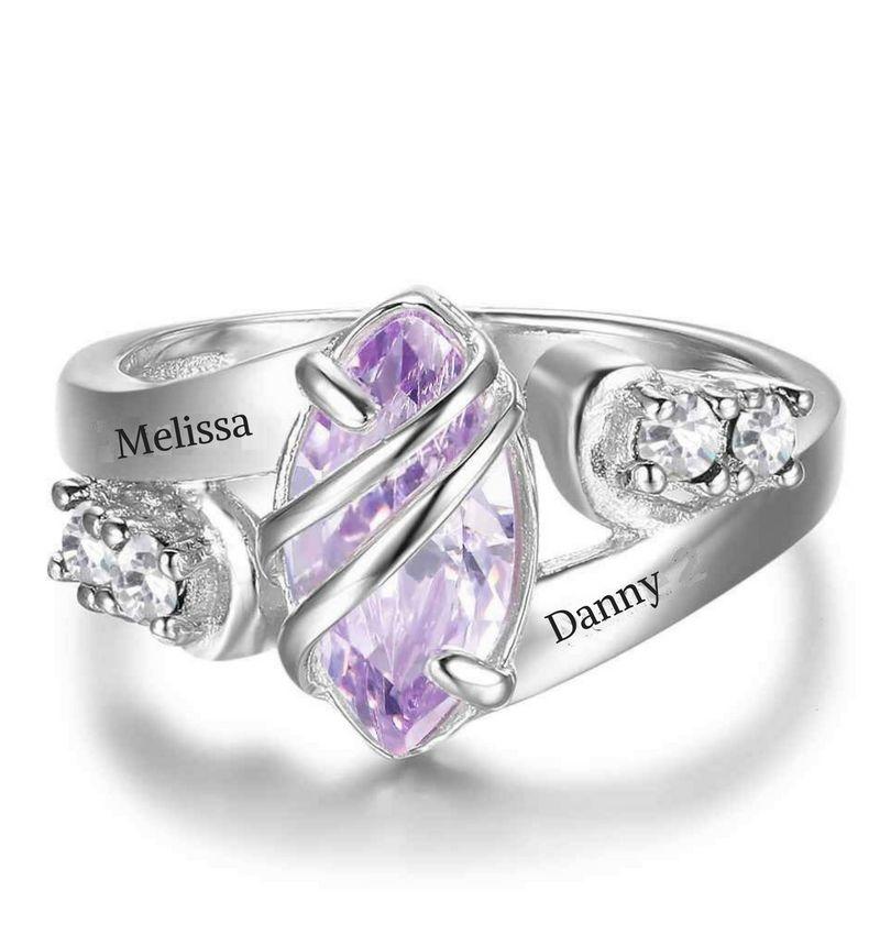 Zilveren ring met twee namen 'diamant'