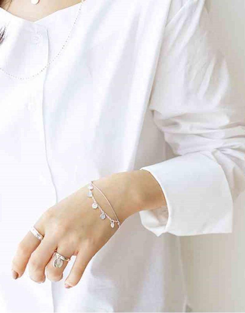 KAYA sieraden Sterling silver bracelet with engraved beads