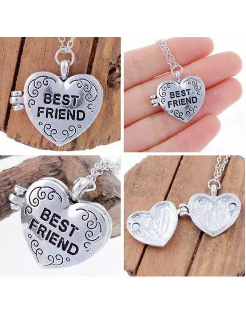"""KAYA sieraden Silver necklace 'Medaillong """"engraved - Copy - Copy"""
