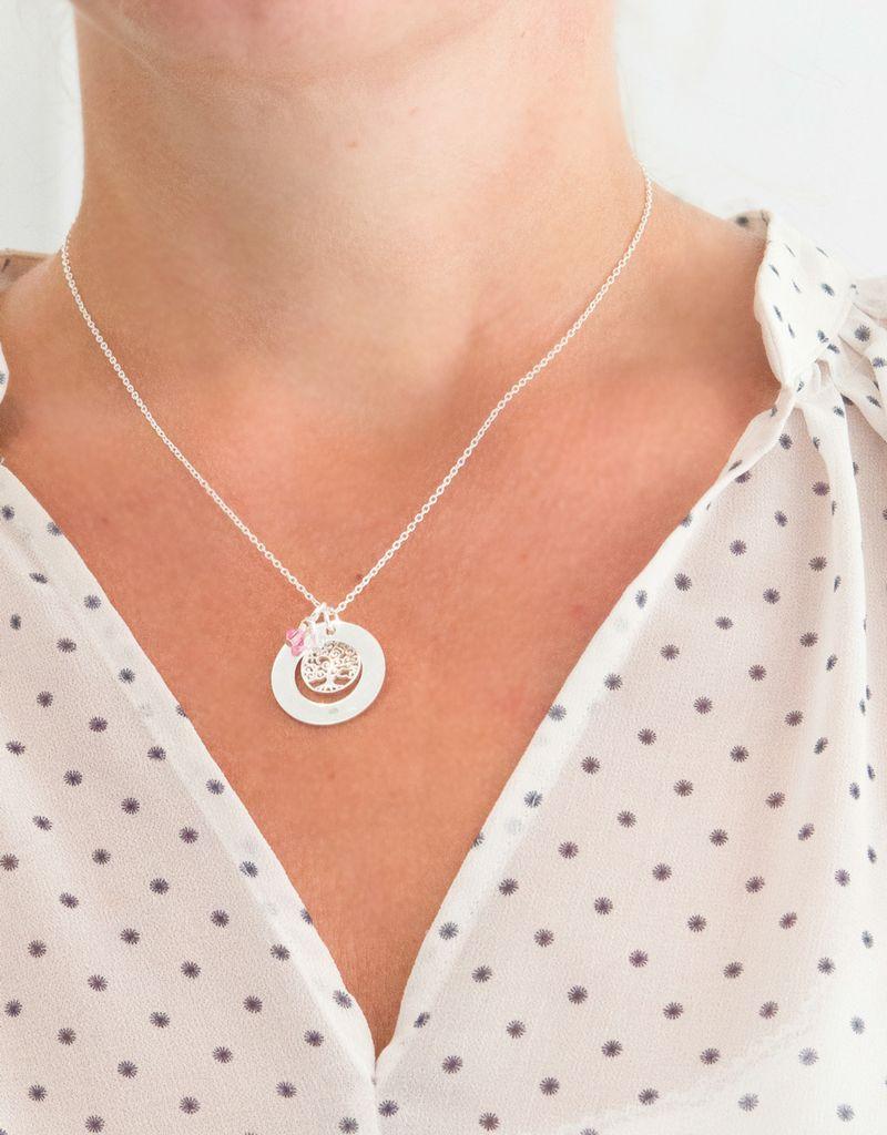 KAYA sieraden Zilveren stamboom ketting 'tree of life' met geboortekristal