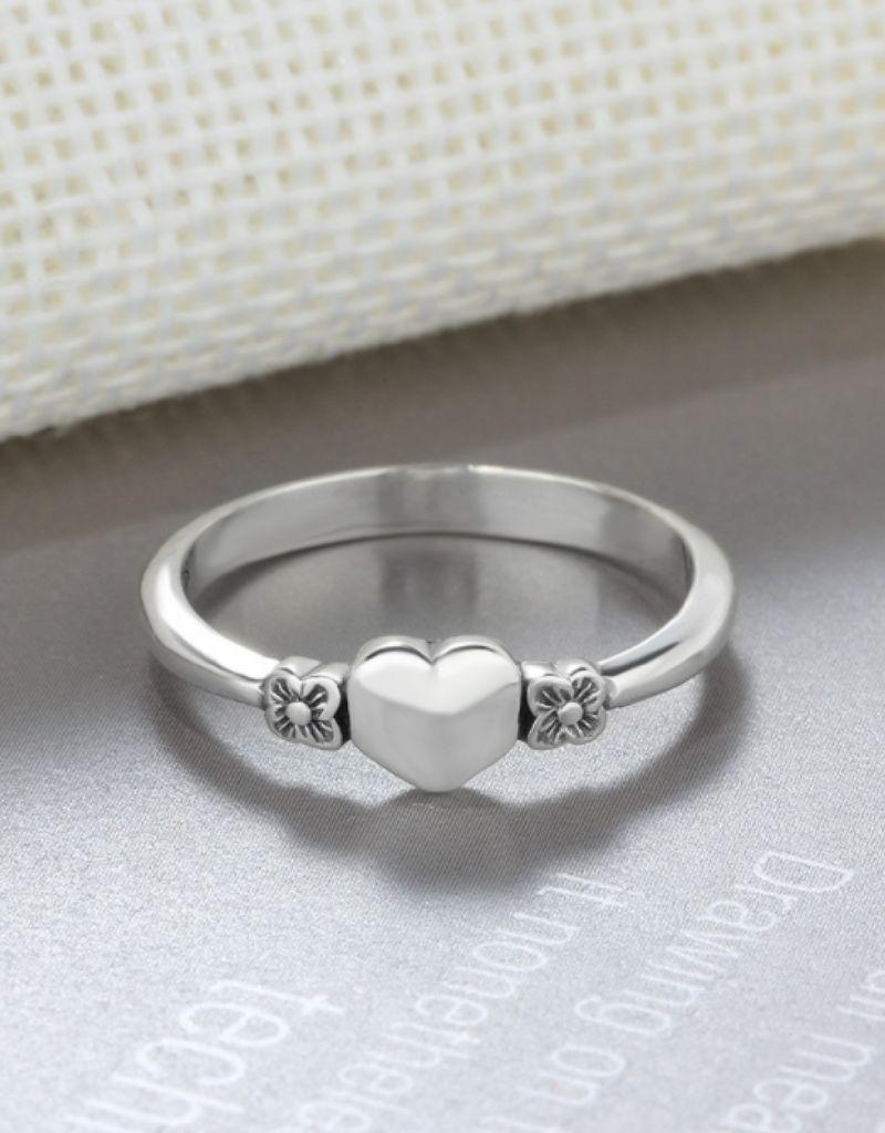Zilveren ring 'heart' met initiaal