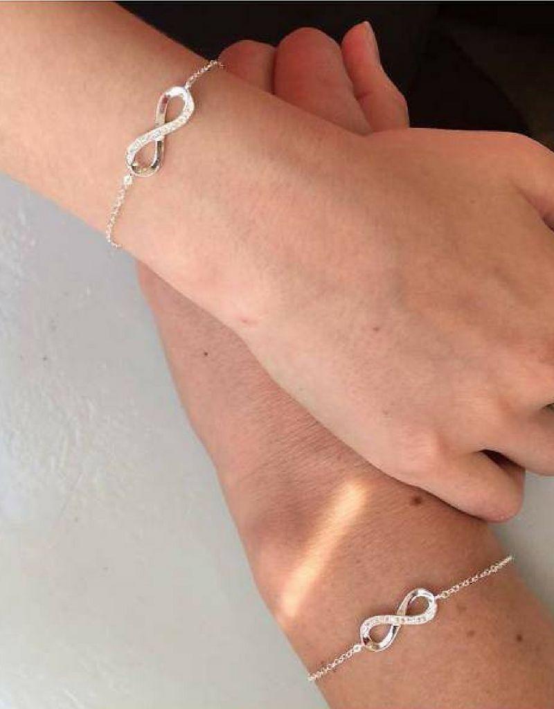 KAYA sieraden Zilveren Infinity Armband 'voorletters'