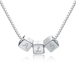 Personalized silver necklace 'dice'