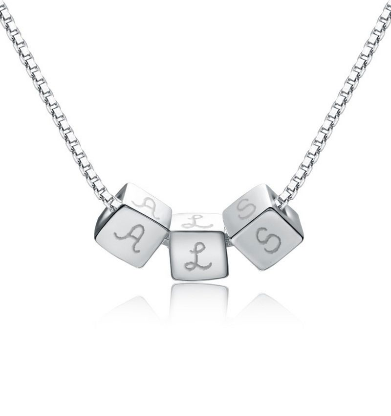 KAYA sieraden Personalized silver necklace 'dice'