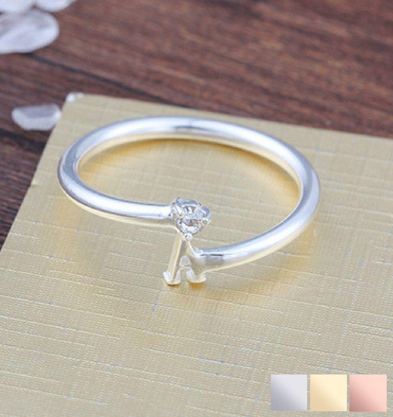 KAYA sieraden Gepersonaliseerde zilveren ring 'swarovski steen'