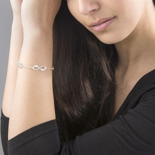 Gepersonaliseerde zilveren damesarmband 'Infinity' met vier tekens