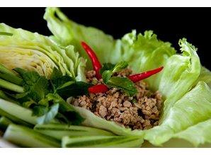 Spicy beef salad (Laab Neua)