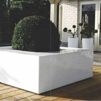 Fiberstone Jumbo Seating Glossy White! Beautiful Flower in glossy white!