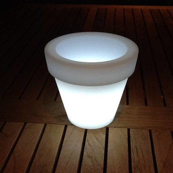 VONDOM Nano Led Maceta. Illuminated Miniature flowerpot by Vondom!