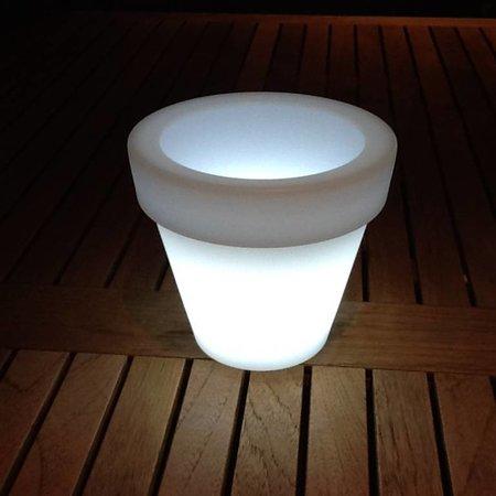 VONDOM Nano Led Maceta. Illuminé par pot miniature Vondom!