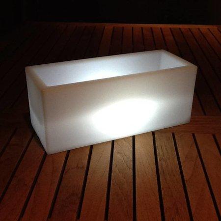 VONDOM Nano Led Jardinera. Illuminé par pot miniature Vondom!