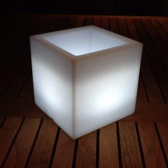 VONDOM Nano Led Cubo. Illuminated Miniature flowerpot by Vondom!