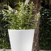 Otium design. Design bloempotten voor binnen en buiten.
